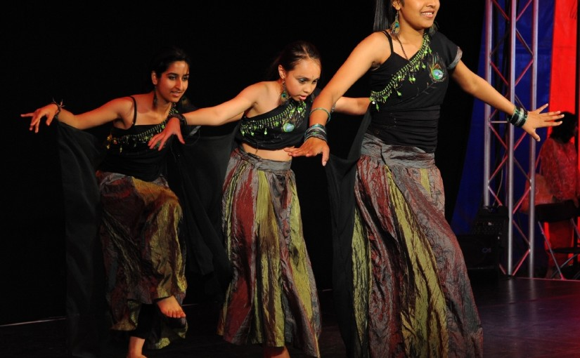 Bollywood, Kathak, Dance, Bhangra, Apsara Arts, Croydon, Sutton, Indian,